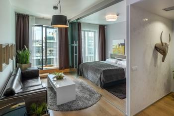 (1)-Room 3-2.jpg